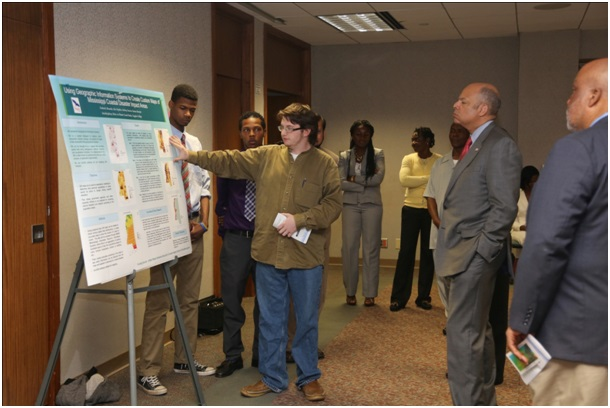 Our students, Tony Saracino, Ivy Alexander, and Alex Hopkins describing our research to Congressman Bennie G Thompson and Secretary of Homeland Security Mr. Jeh Johnson.